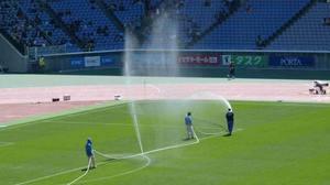 横浜F・マリノス vs 川崎フロンターレピッチの噴水